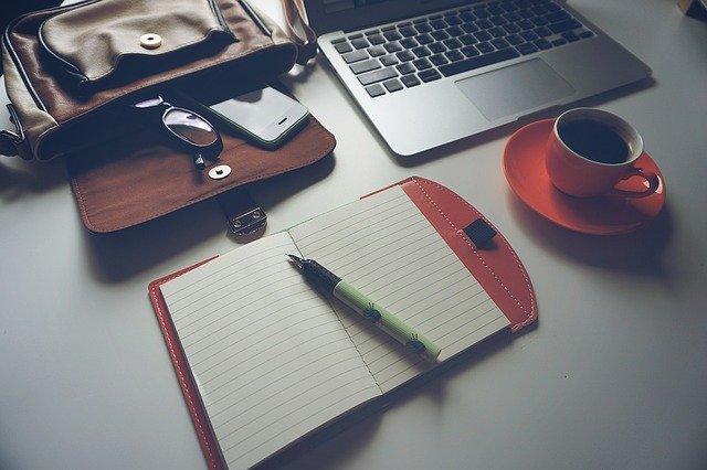 Wirtualne biuro - czym jest i czy warto z niego korzystać?